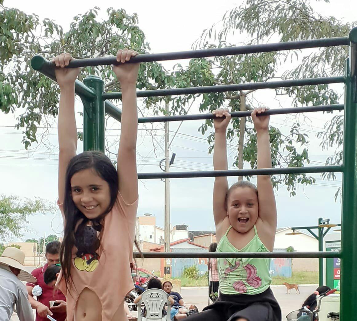 Crianças aproveitam a liberdade que o bosque proporciona / Foto: Jorge Clésio